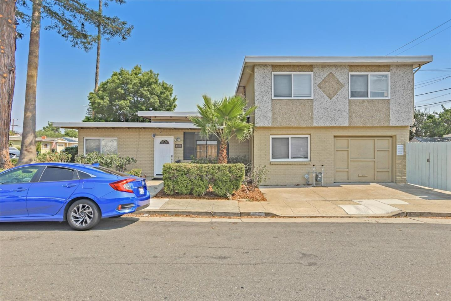 Detail Gallery Image 1 of 35 For 1101 Norton St, San Mateo,  CA 94401 - 7 Beds | 2 Baths
