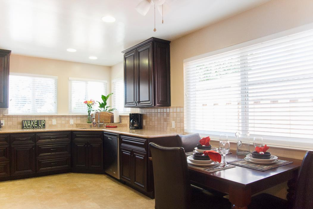 Detail Gallery Image 1 of 7 For South Eden, Sunnyvale,  CA 94085 - 2 Beds   1 Baths