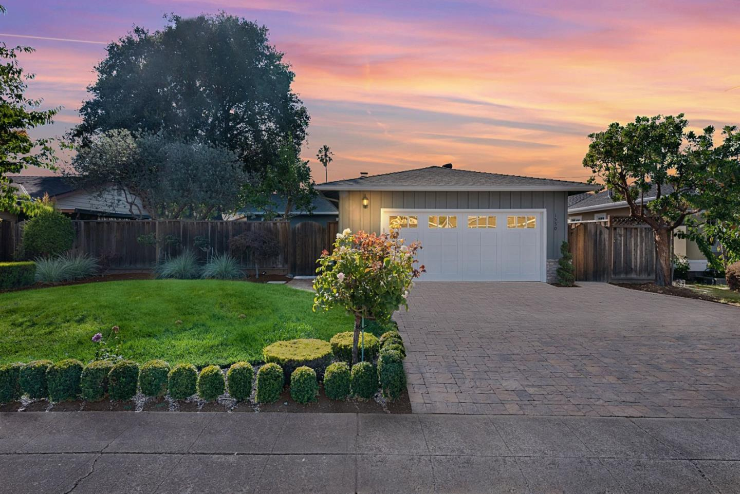 Detail Gallery Image 1 of 1 For 1550 Alison Ave, Mountain View,  CA 94040 - 4 Beds | 2 Baths