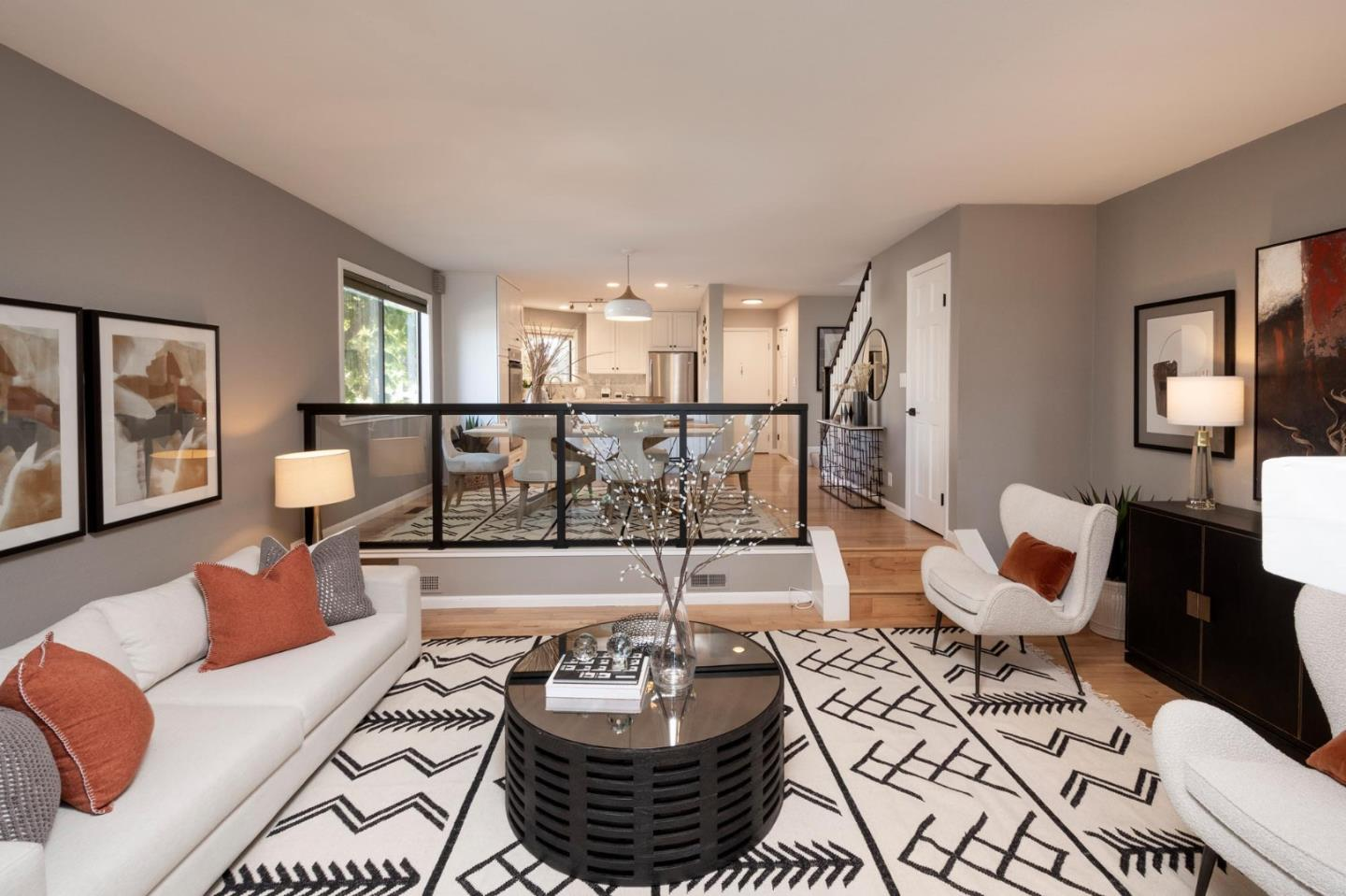 Detail Gallery Image 1 of 18 For 100 State St, San Mateo,  CA 94401 - 2 Beds | 2/1 Baths
