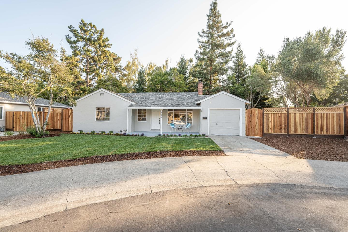 Detail Gallery Image 1 of 16 For 2479 Chabot Ter, Palo Alto,  CA 94303 - 3 Beds | 1 Baths