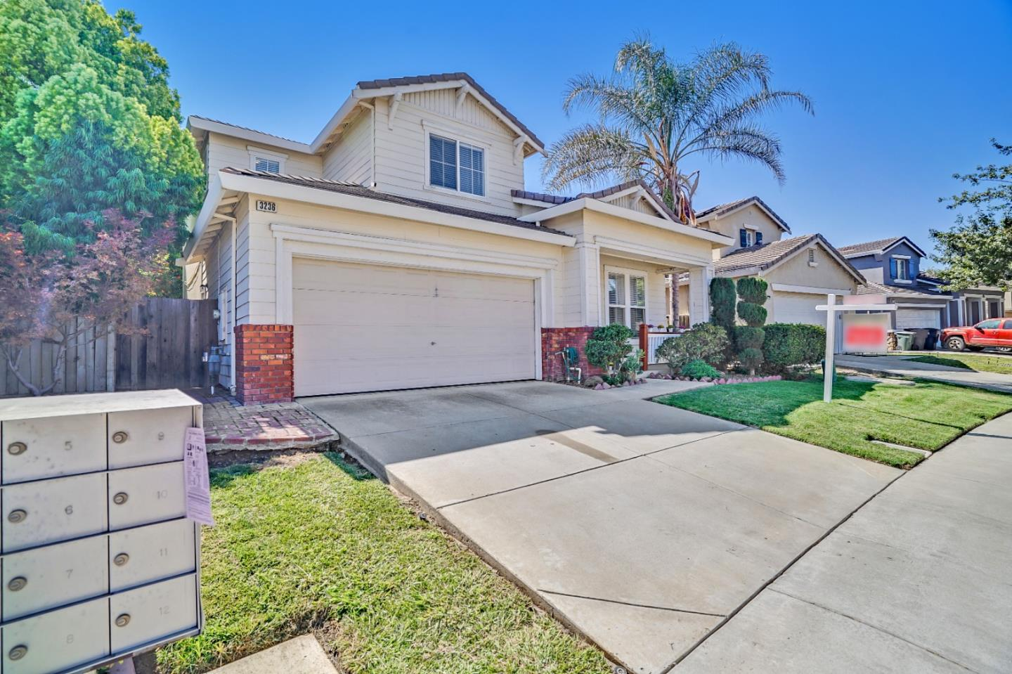 Detail Gallery Image 1 of 1 For 3236 Cathleen Ln, Tracy,  CA 95377 - 5 Beds   3 Baths