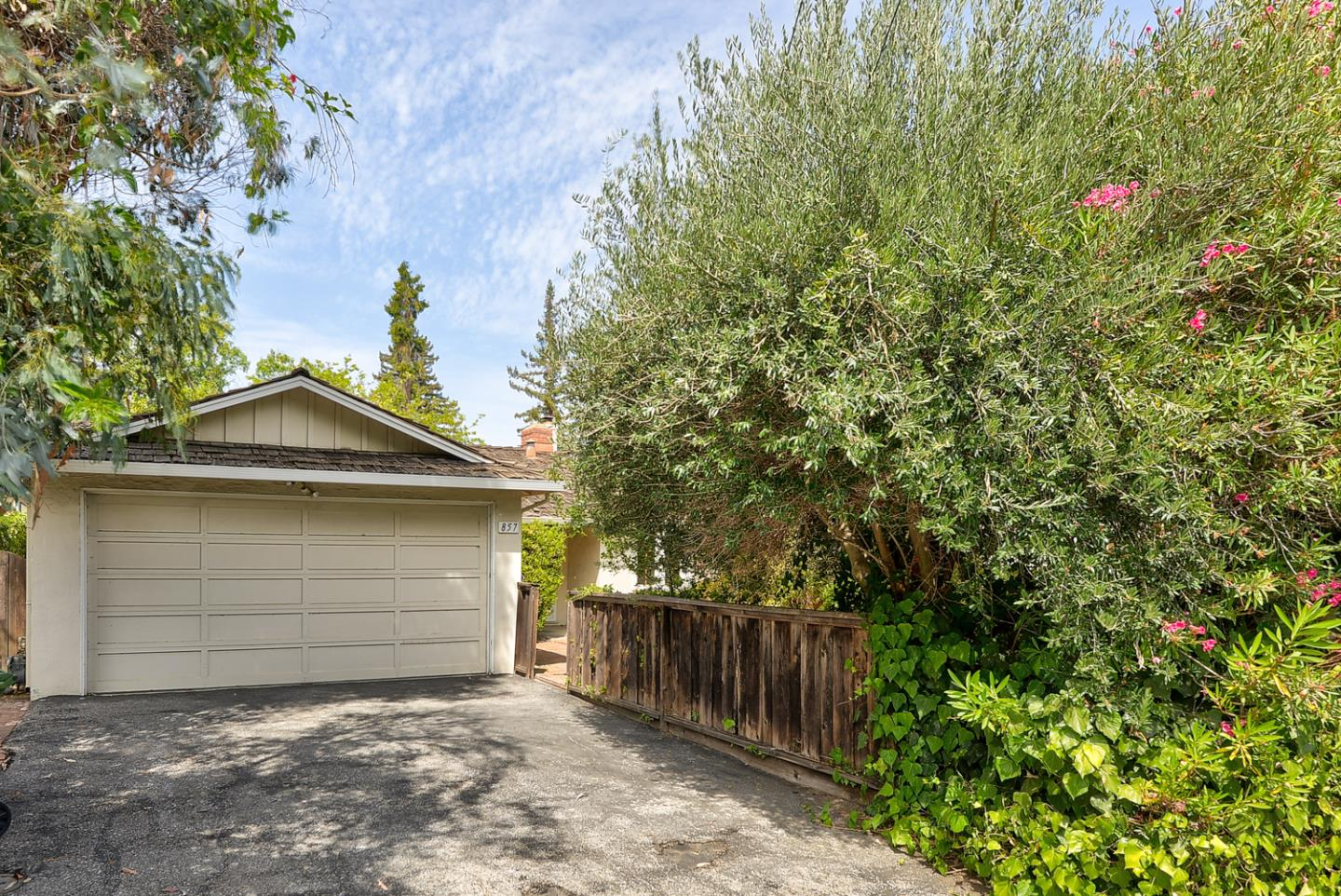 Located on a quiet cul-de-sac in the country club - this property is waiting for someone's vision!  Top rated Los Altos schools!!