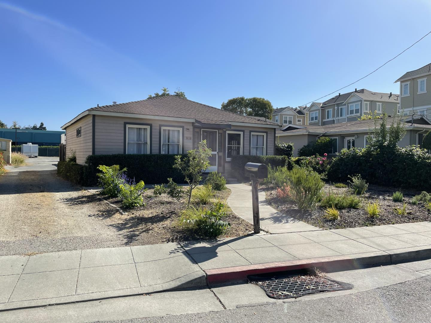 Detail Gallery Image 1 of 1 For 1939 Colony St, Mountain View,  CA 94043 - – Beds | – Baths