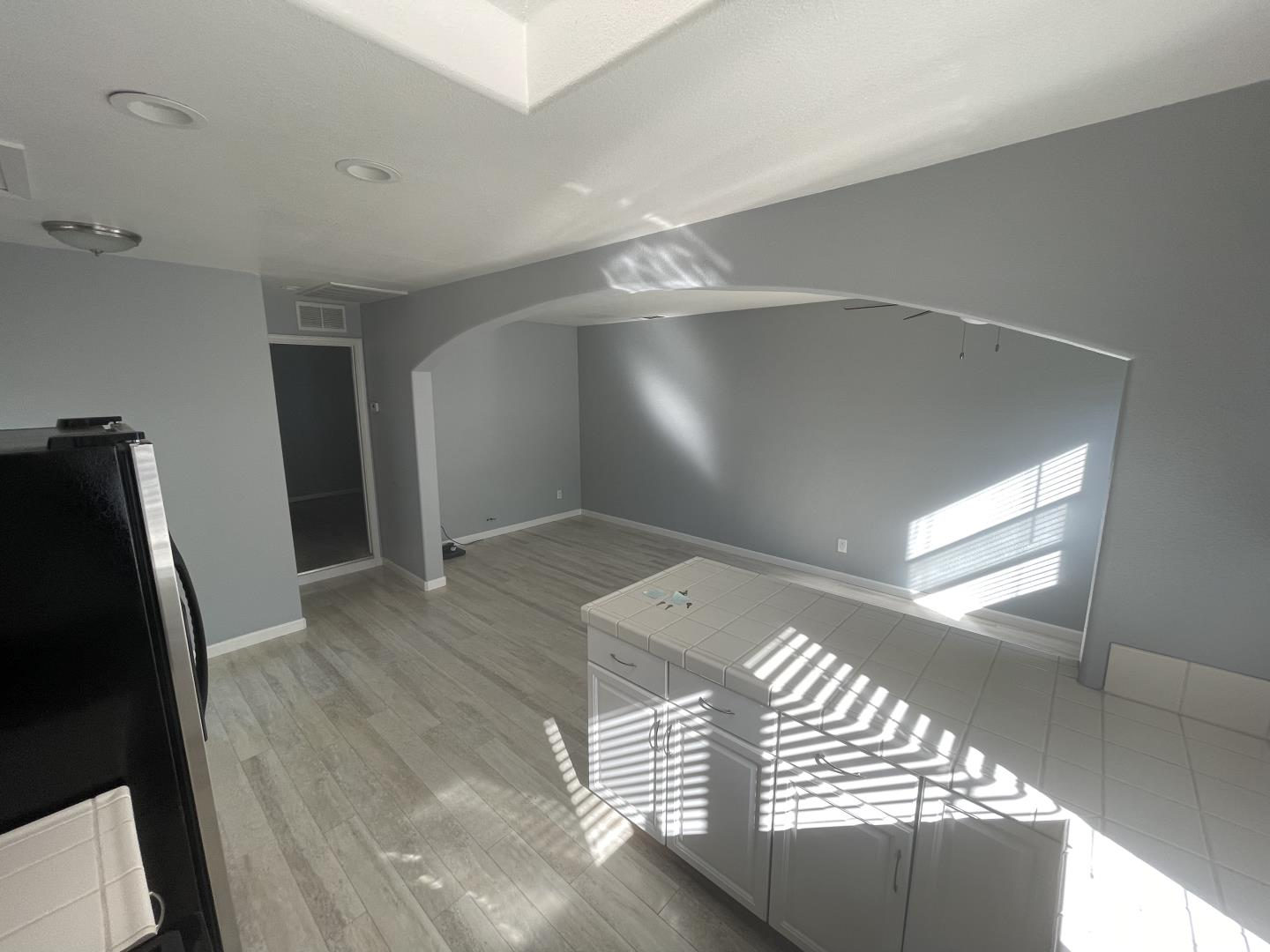 Detail Gallery Image 1 of 9 For 1089 Salerno Dr, Campbell,  CA 95008 - 1 Beds   1 Baths