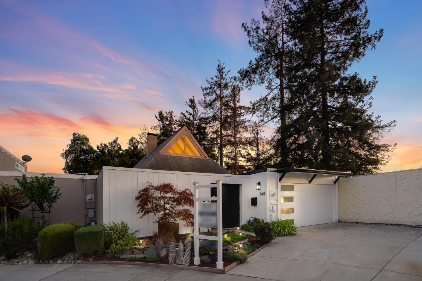 Detail Gallery Image 1 of 41 For 548 Cashmere Ct, Sunnyvale,  CA 94087 - 3 Beds   2 Baths