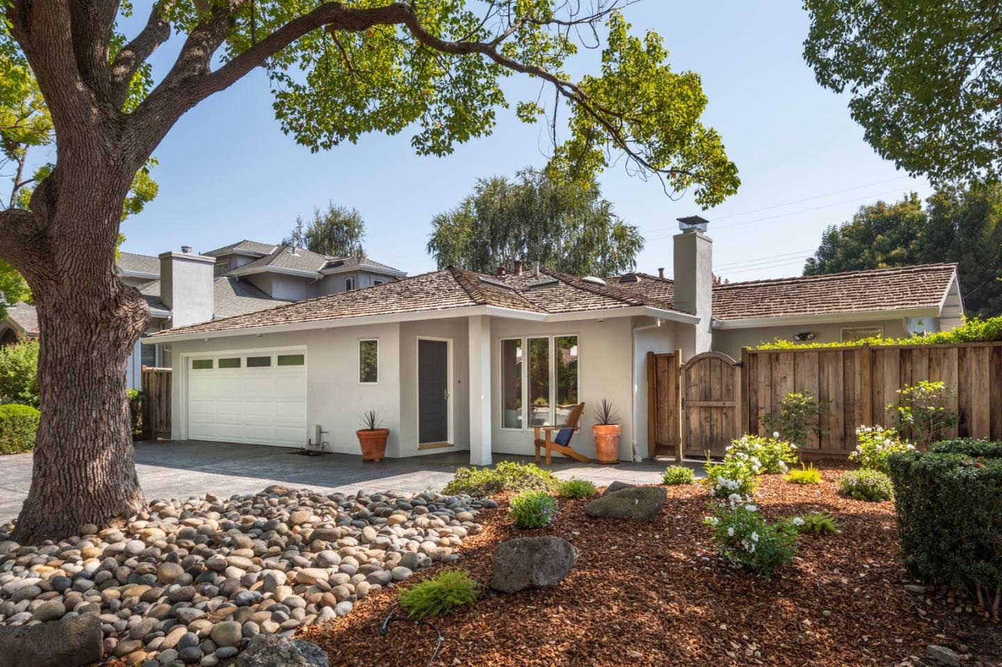 Detail Gallery Image 1 of 22 For 1466 Kings Ln, Palo Alto,  CA 94303 - 4 Beds   3 Baths