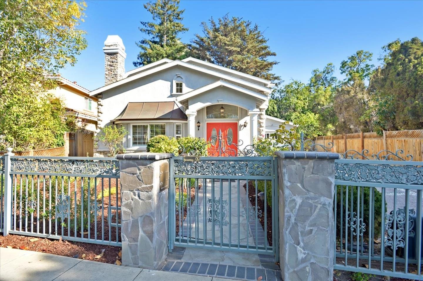 Detail Gallery Image 1 of 56 For 848 Colorado Ave, Palo Alto,  CA 94303 - 5 Beds   3 Baths