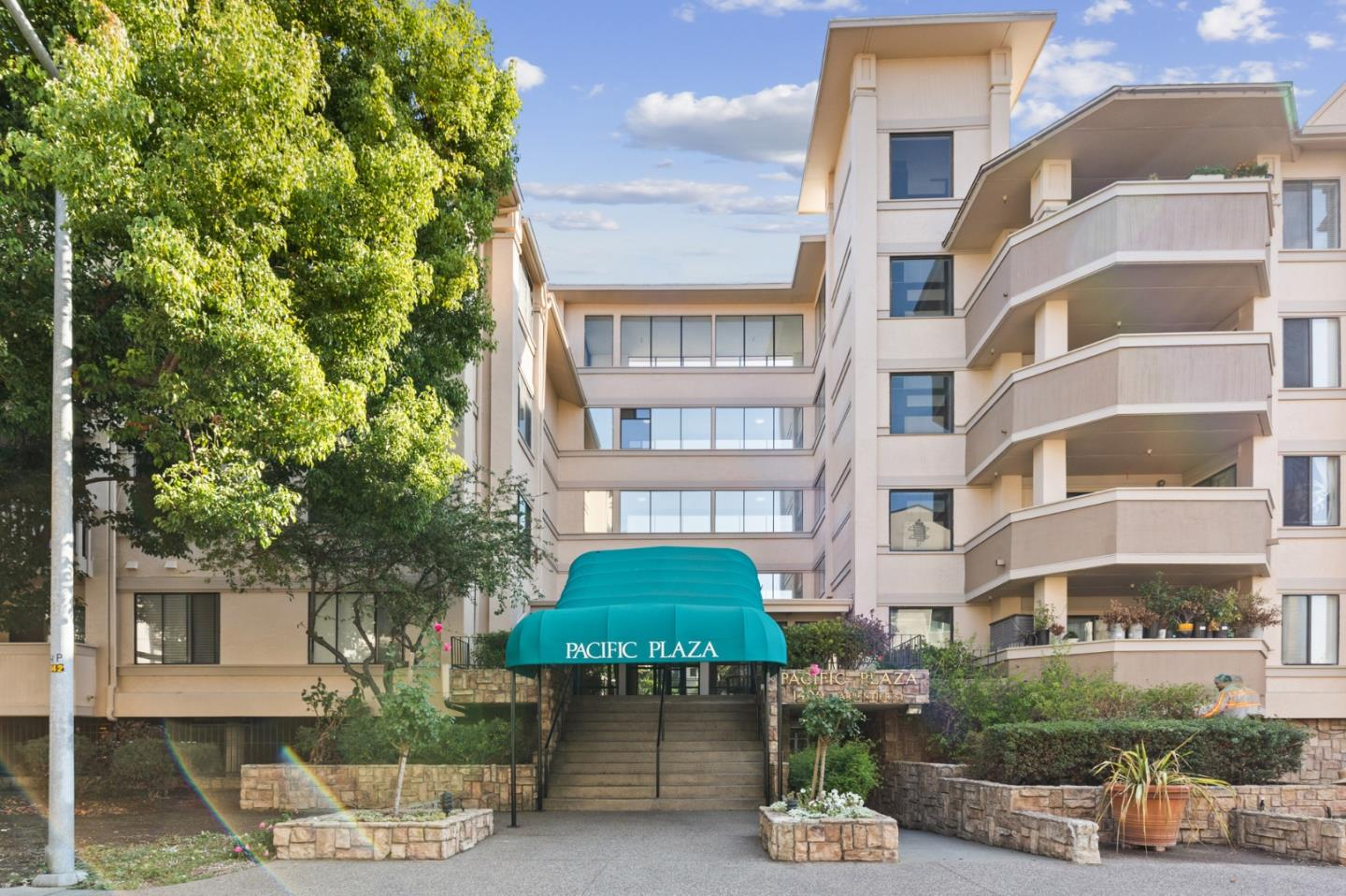 Detail Gallery Image 1 of 35 For 1400 Carpentier St #239,  San Leandro,  CA 94577 - 2 Beds   2 Baths