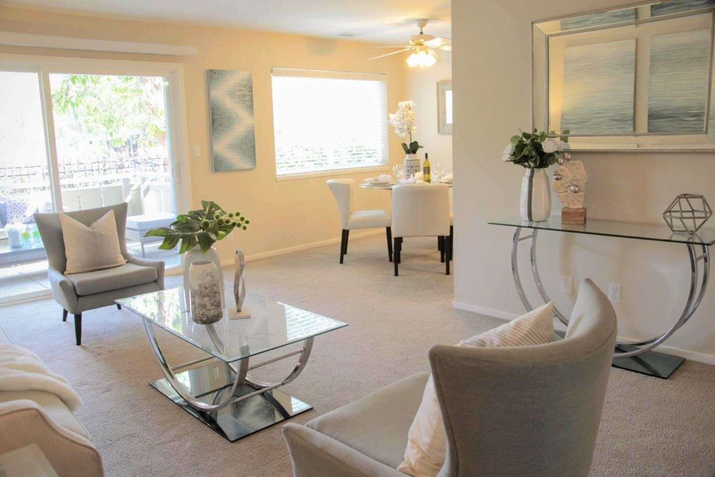 Detail Gallery Image 1 of 31 For 255 S Rengstorff Ave #125,  Mountain View,  CA 94040 - 2 Beds | 1 Baths