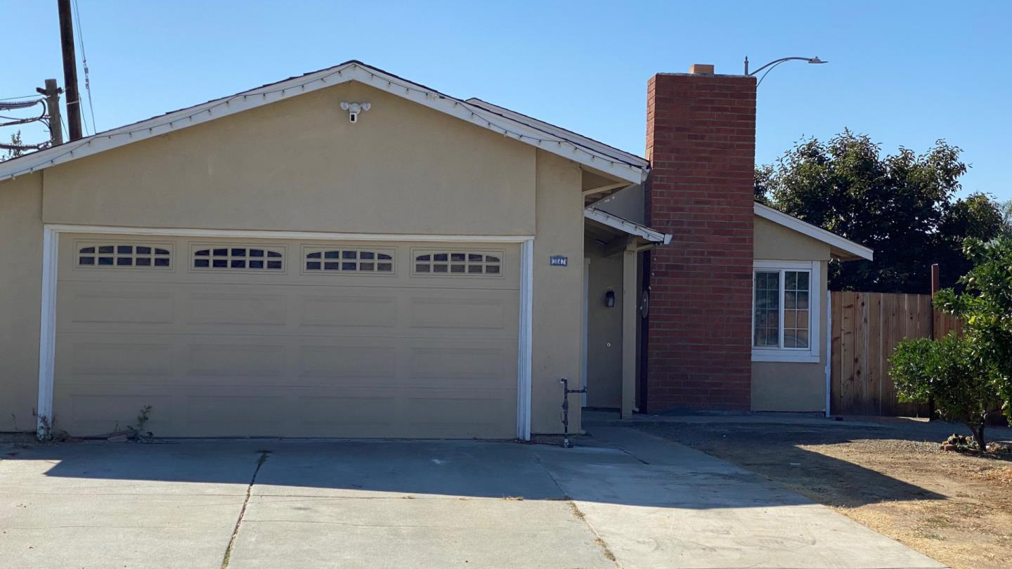Detail Gallery Image 1 of 24 For 3847 Sark Way, San Jose,  CA 95111 - 3 Beds | 2 Baths