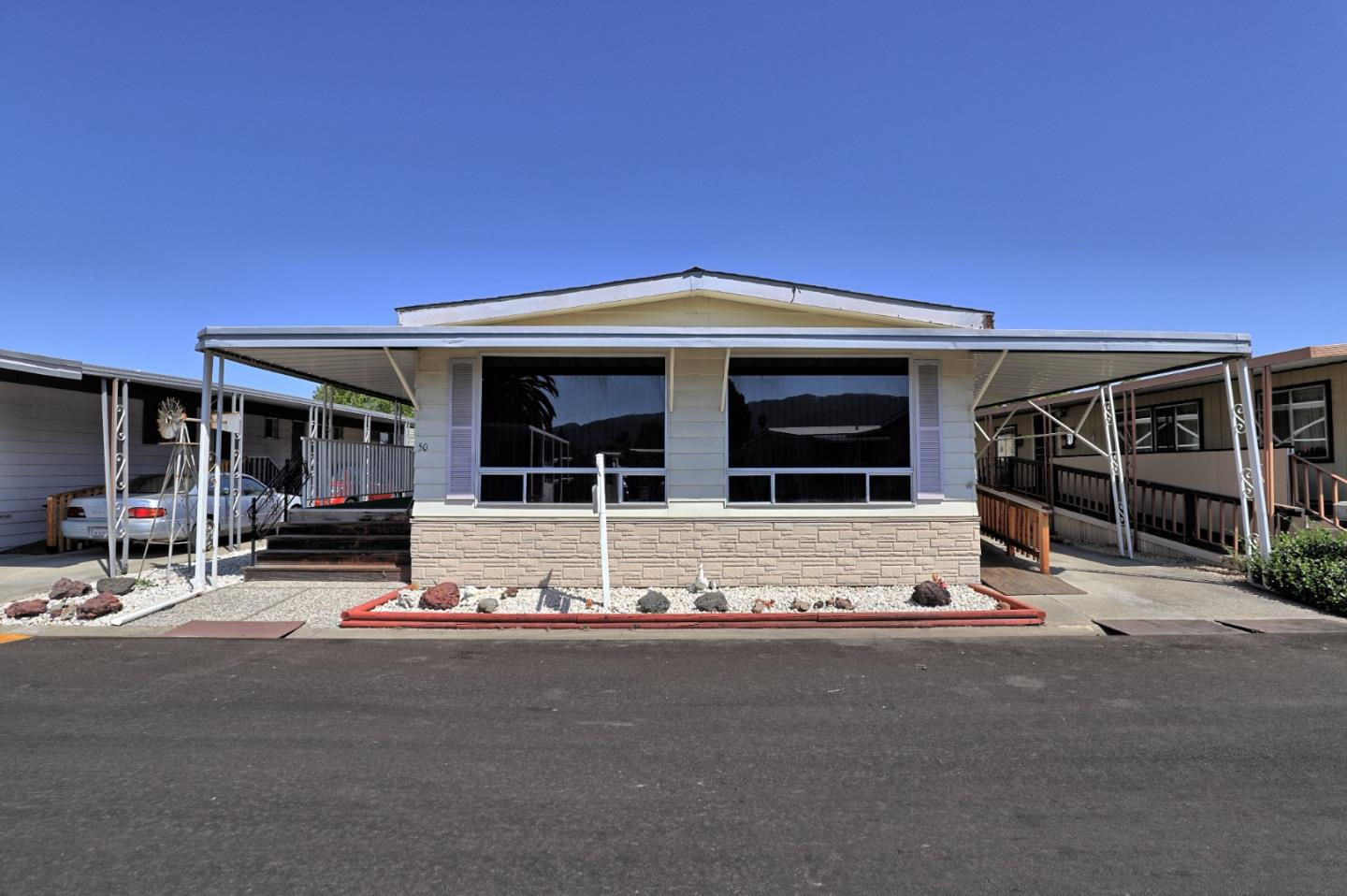 Detail Gallery Image 1 of 31 For 500 W 10th St #50,  Gilroy,  CA 95020 - 2 Beds | 2 Baths
