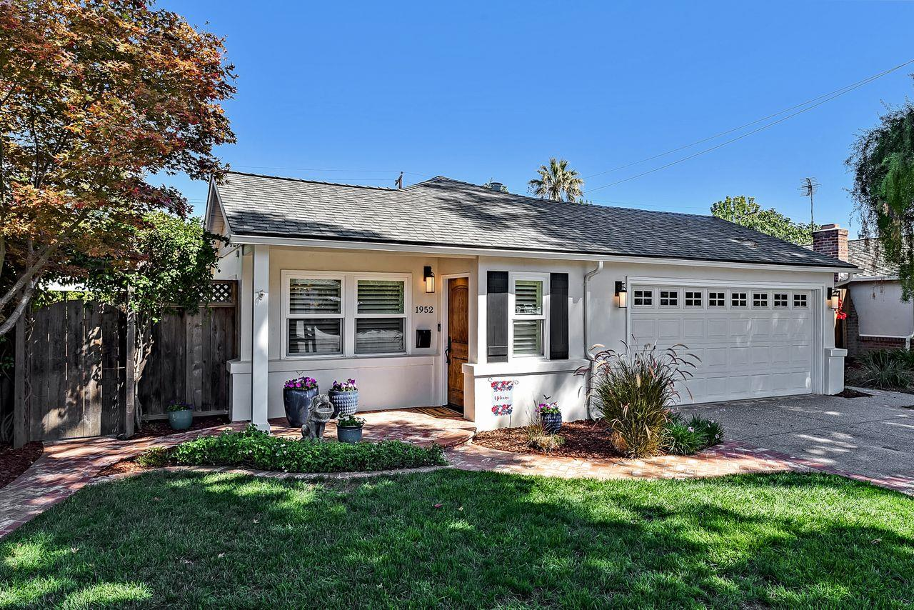 Detail Gallery Image 1 of 1 For 1952 Coastland Ave, San Jose,  CA 95125 - 3 Beds | 2 Baths