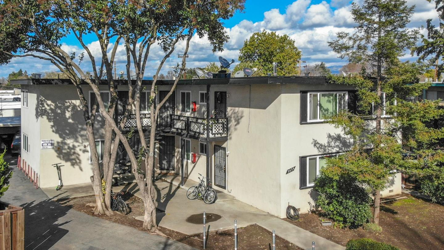 Detail Gallery Image 1 of 11 For 2033 Beatrice Ct, San Jose,  CA 95128 - – Beds | – Baths