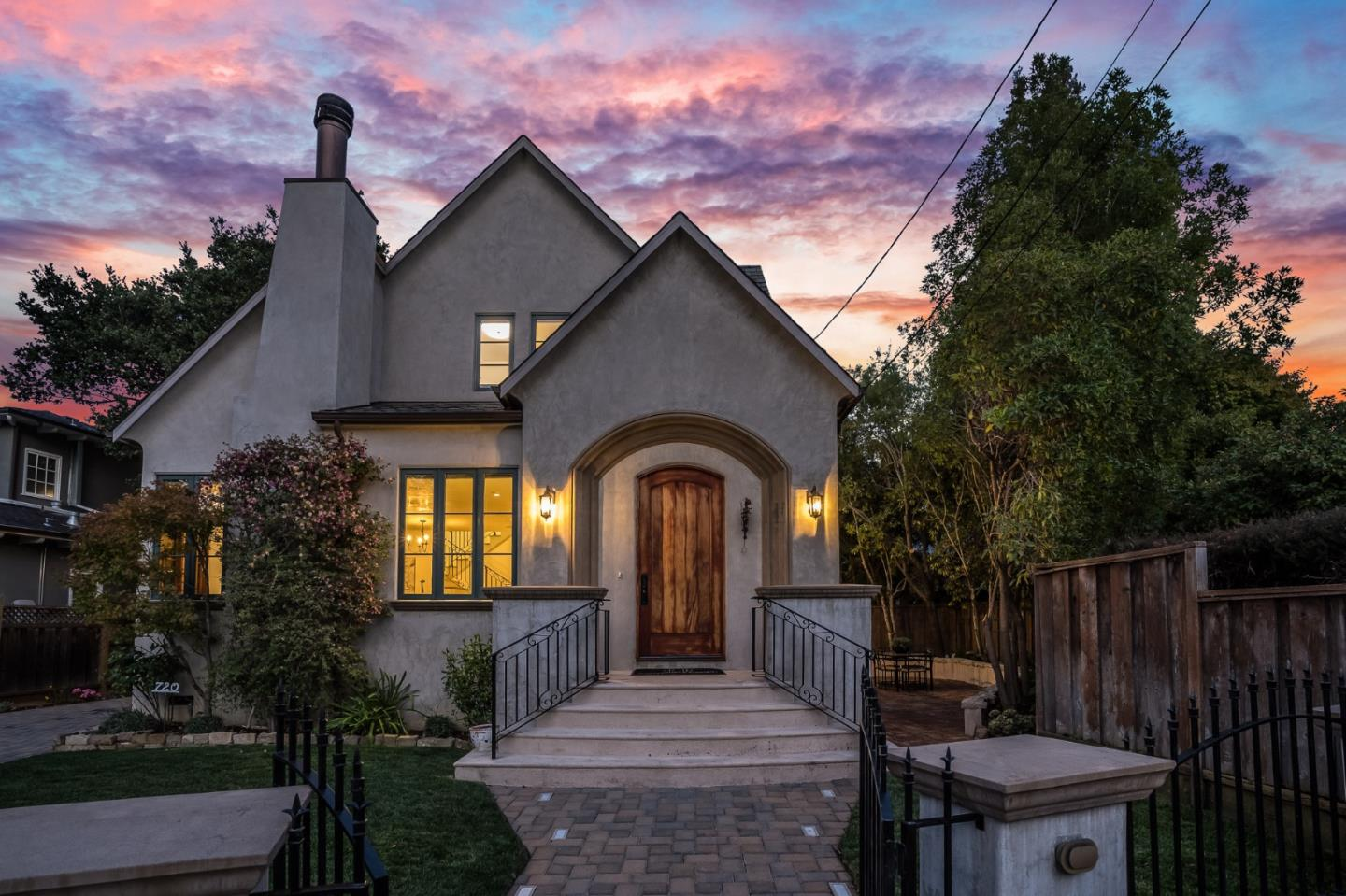 Detail Gallery Image 1 of 56 For 720 Edgewood Rd, San Mateo,  CA 94402 - 4 Beds   3 Baths