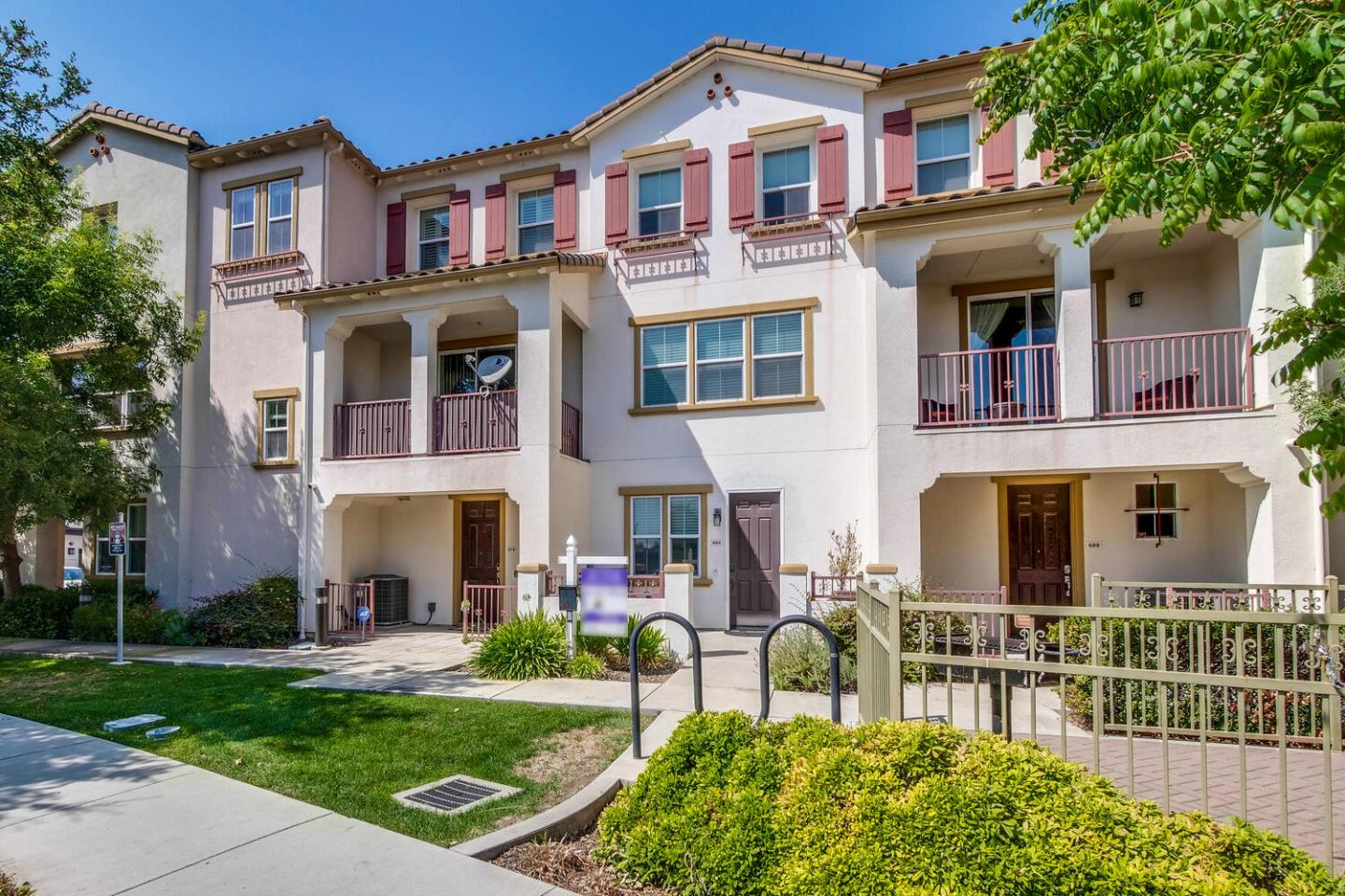 Detail Gallery Image 1 of 1 For 684 Grandview Ter, San Jose,  CA 95133 - 3 Beds   3/1 Baths