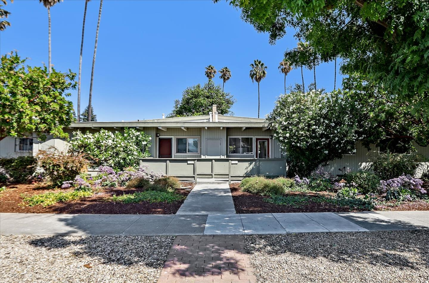 Detail Gallery Image 1 of 49 For 3907 Middlefield Rd #C,  Palo Alto,  CA 94303 - 2 Beds | 1 Baths