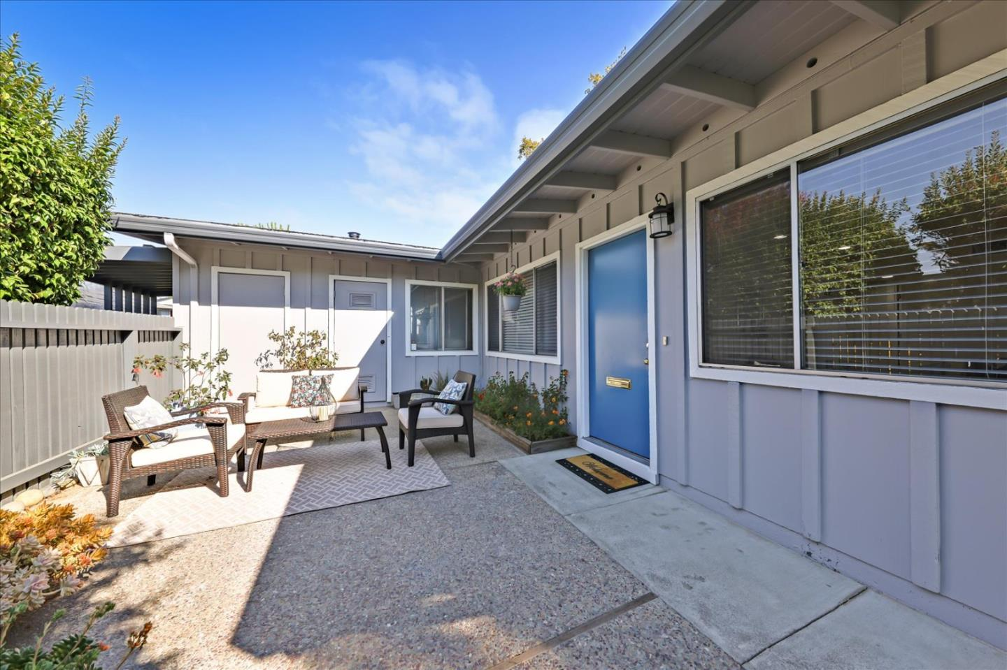 Detail Gallery Image 1 of 1 For 3121 Los Prados St #3,  San Mateo,  CA 94403 - 2 Beds   1 Baths