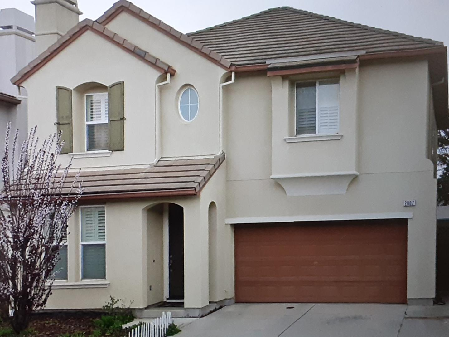 Detail Gallery Image 1 of 15 For 2007 Bright Willow Circle Cir, San Jose,  CA 95131 - 4 Beds   2/1 Baths
