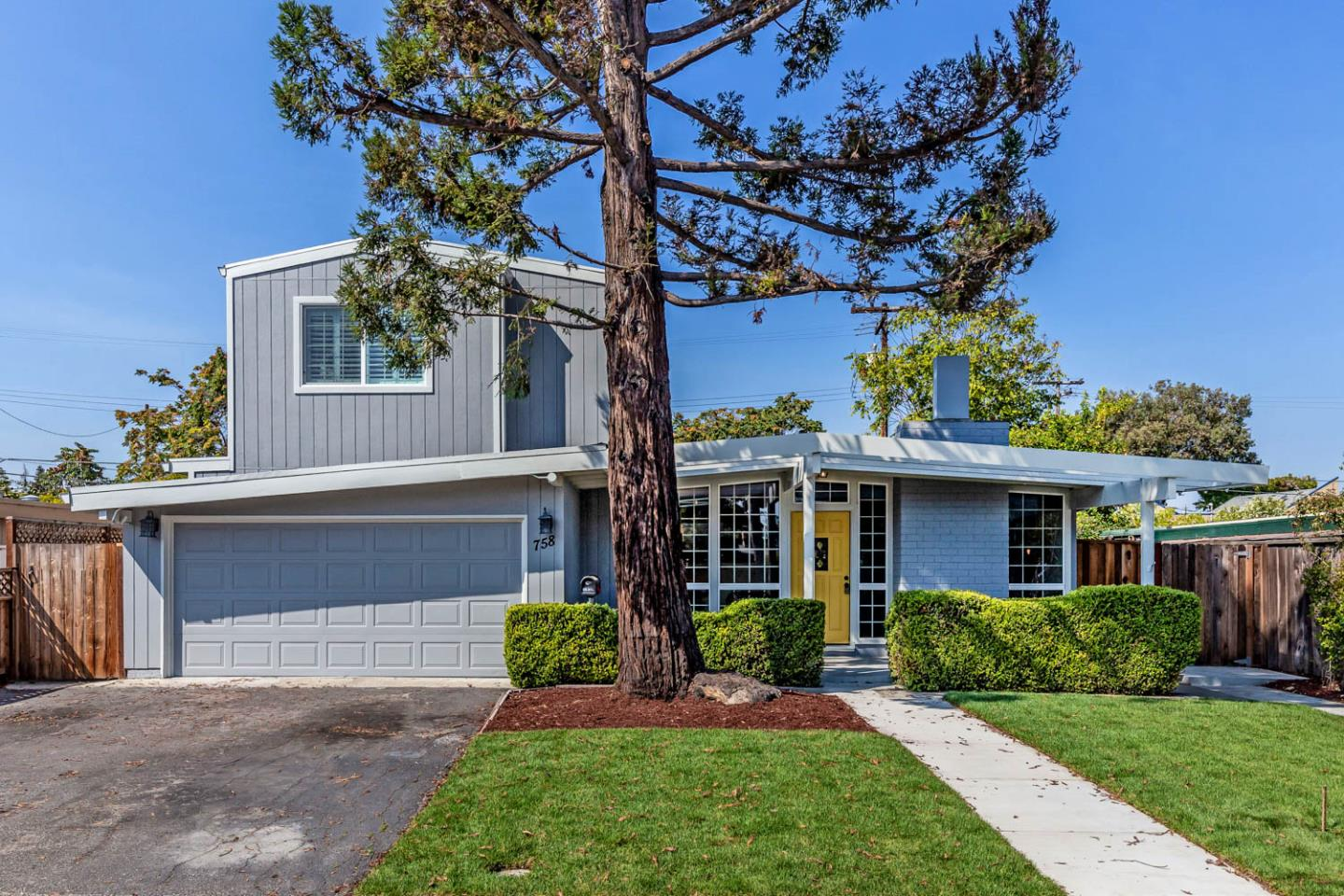 758 Telford AVE Mountain View CA 94043