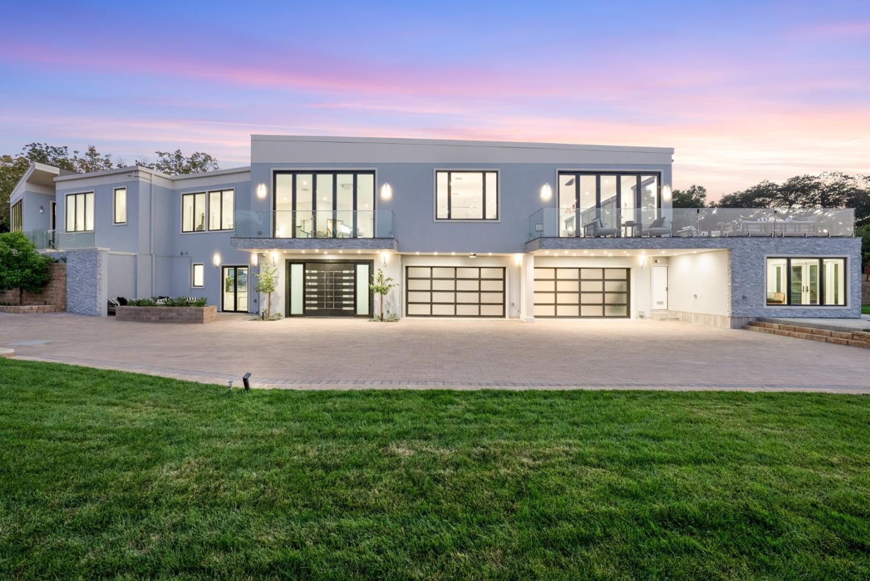 27447 Edgerton RD Los Altos Hills CA 94022