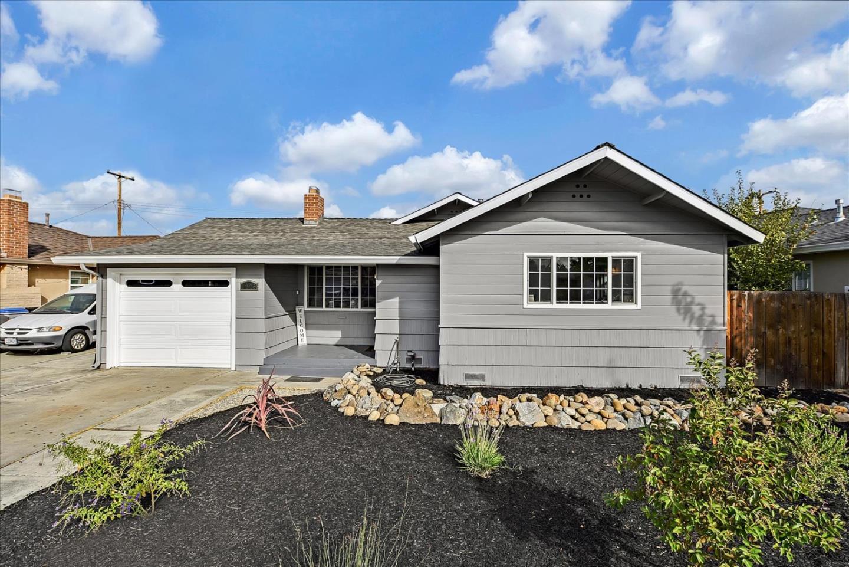 1449 Blackstone AVE San Jose CA 95118