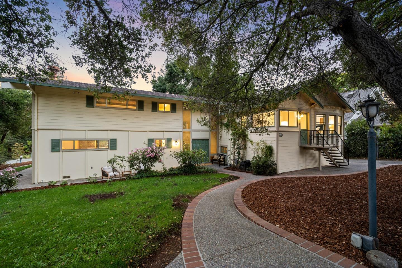 132 Alta Vista RD Woodside CA 94062