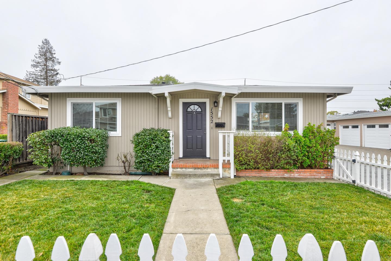 1552 Kentfield AVE Redwood City CA 94061
