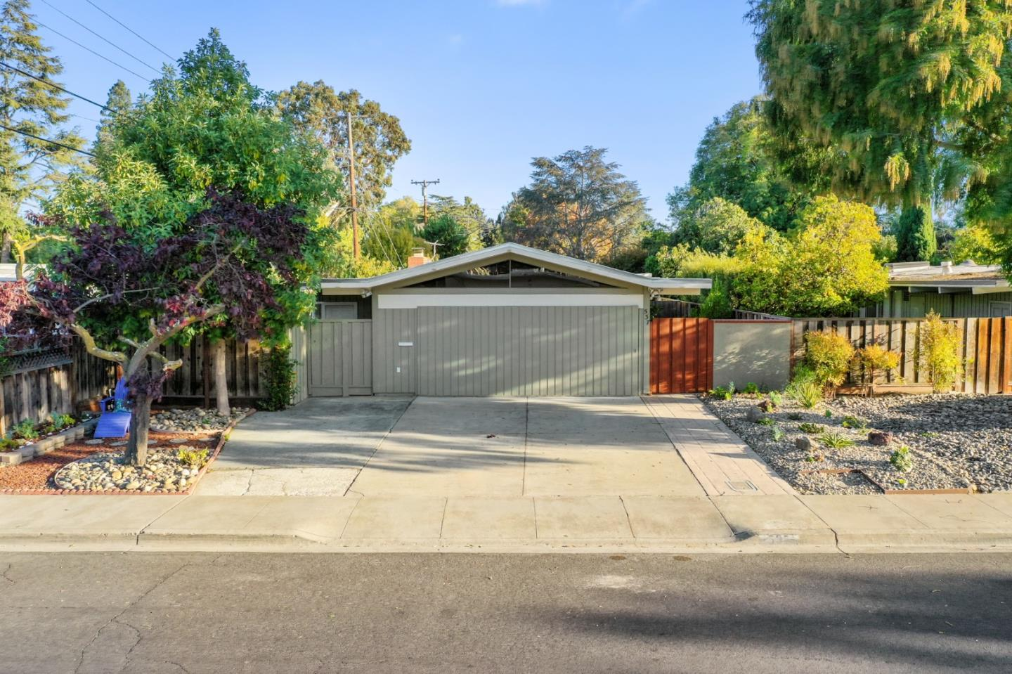 537 Victory AVE Mountain View CA 94043