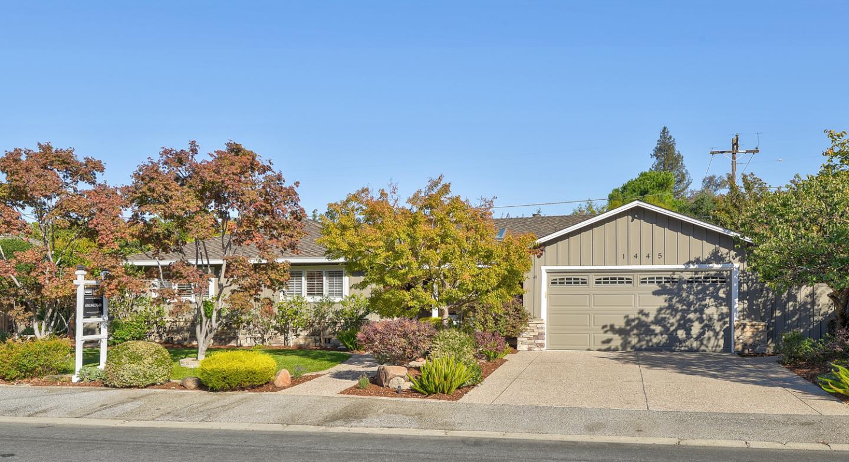 1445 Meadow LN Mountain View CA 94040