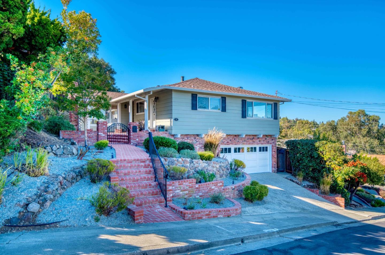 10 Granite CT San Carlos CA 94070