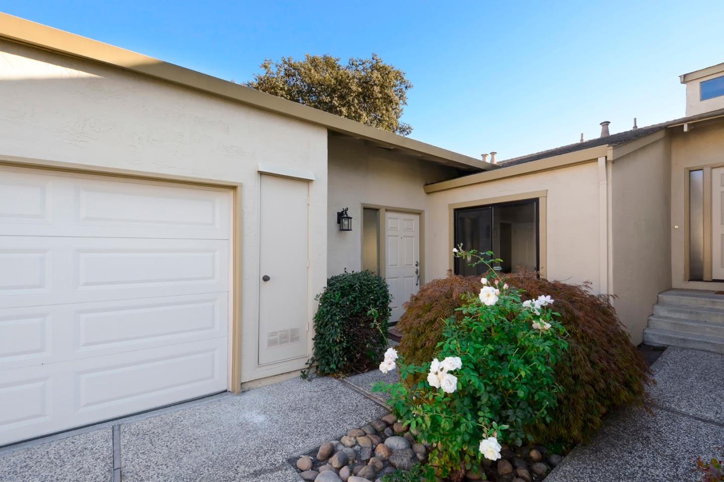 113 Evandale AVE Mountain View CA 94043