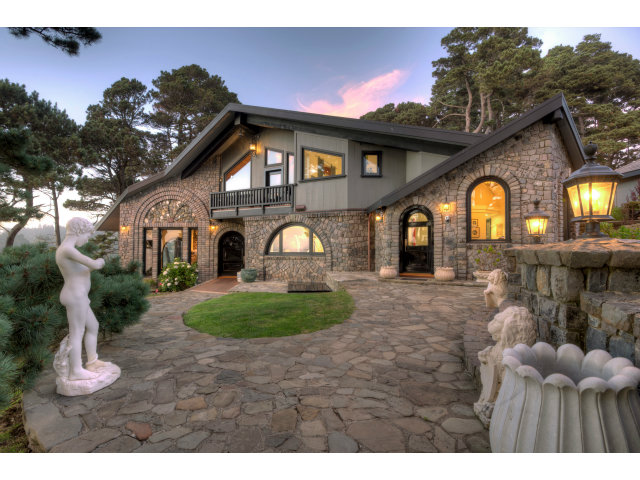 Detail Gallery Image 1 of 32 For 10000 Brewery Gulch Rd, Mendocino, CA, 95460 - 3 Beds | 3/1 Baths